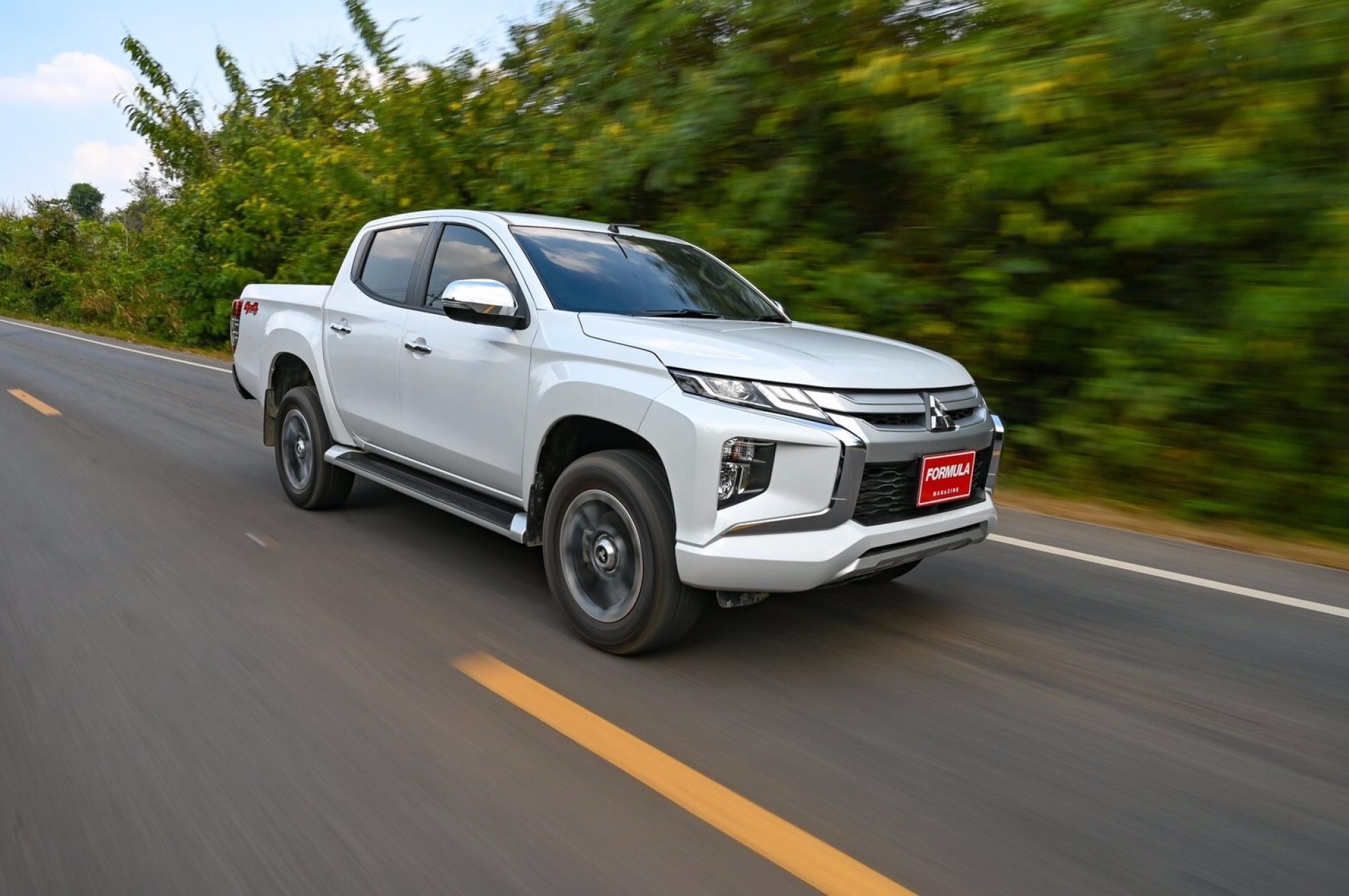 MITSUBISHI TRITON DOUBLE CAB 4WD GT-PREMIUM AT