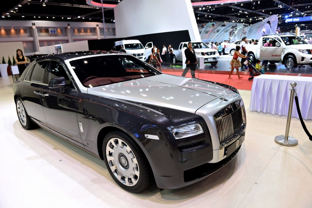 ROLLS-ROYCE (Copy)