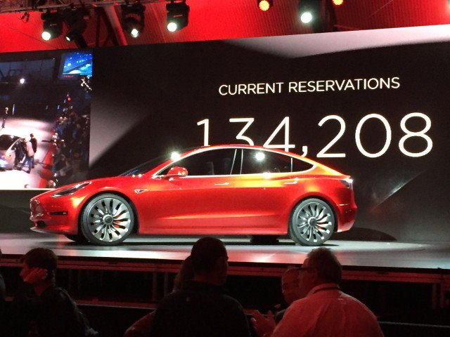tesla-model-3-design-prototype--reveal-event--march-2016_100551199_m