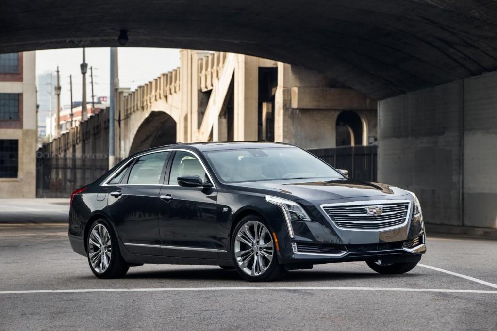 2016-Cadillac-CT6-039