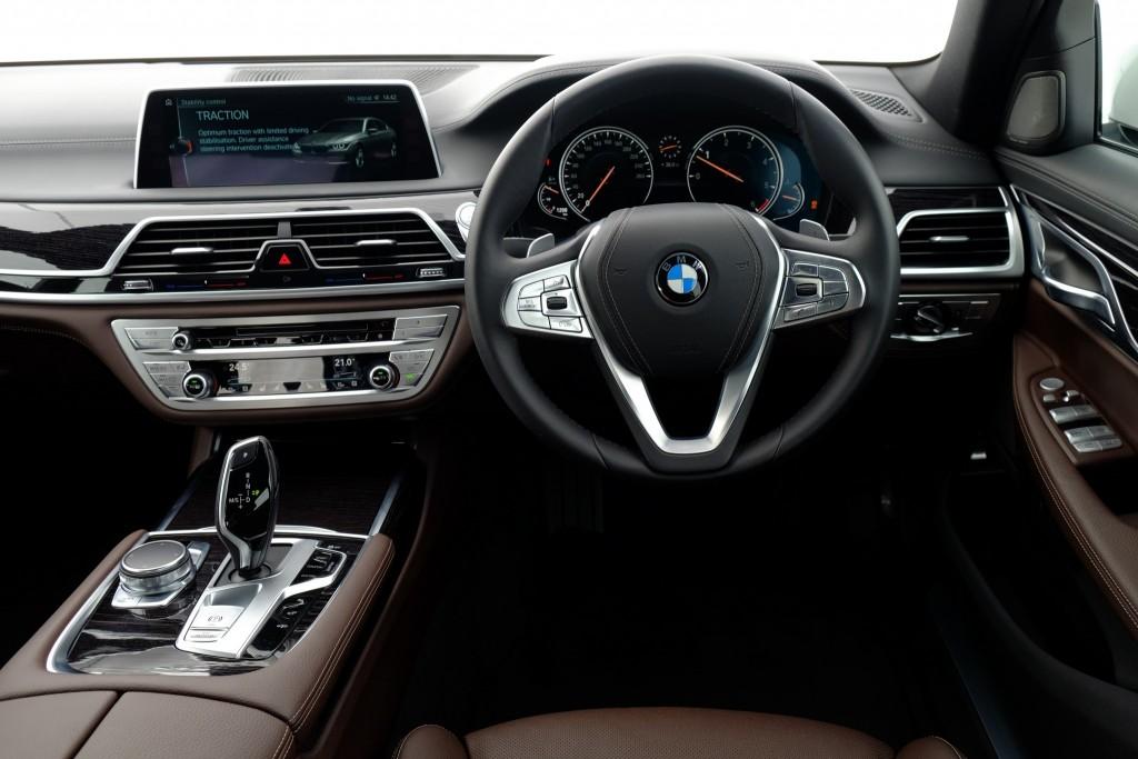 BMW 730Ld M Sport(65)
