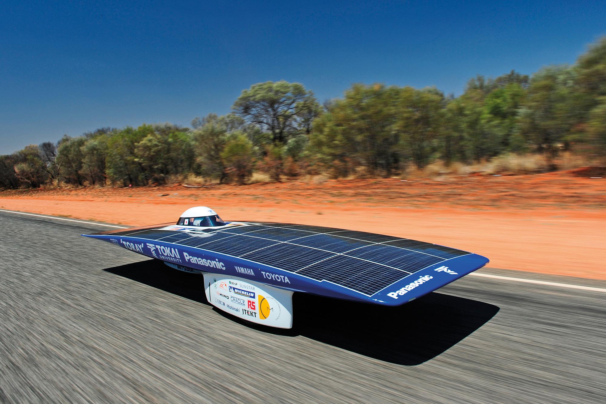 Solar_Car_-2011_Tokai_Challenger-