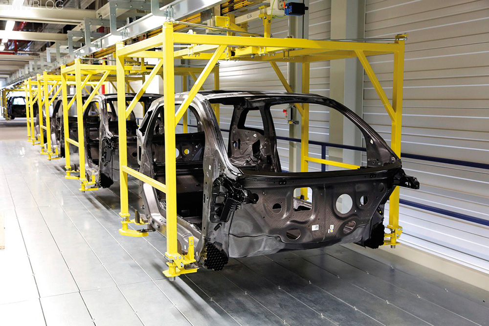 bmw-cfrp-production-18