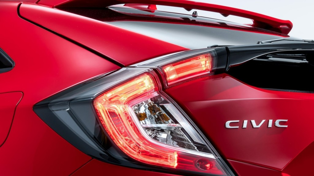 2017-honda-civic-hatchback-for-europe (7)