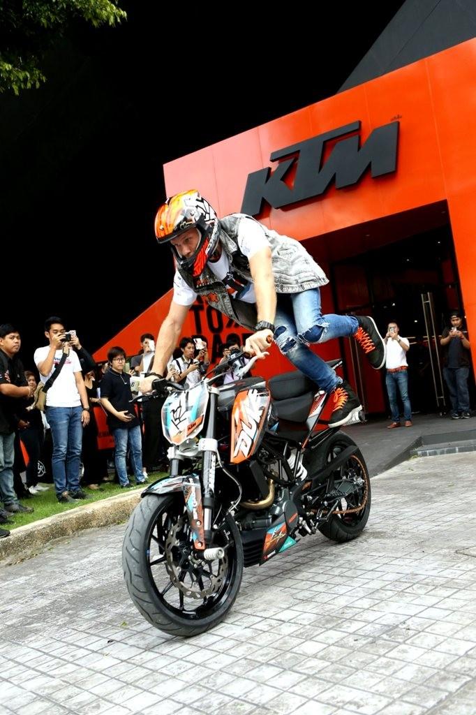 6_KTM with ROK BAGOROS