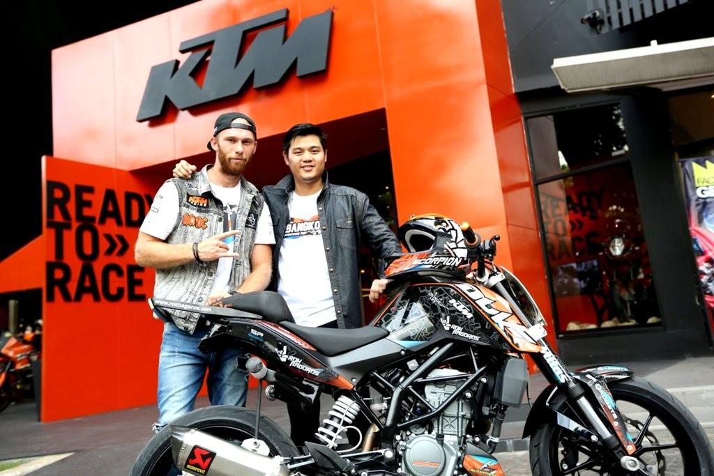 KTM with ROK BAGOROS (1)
