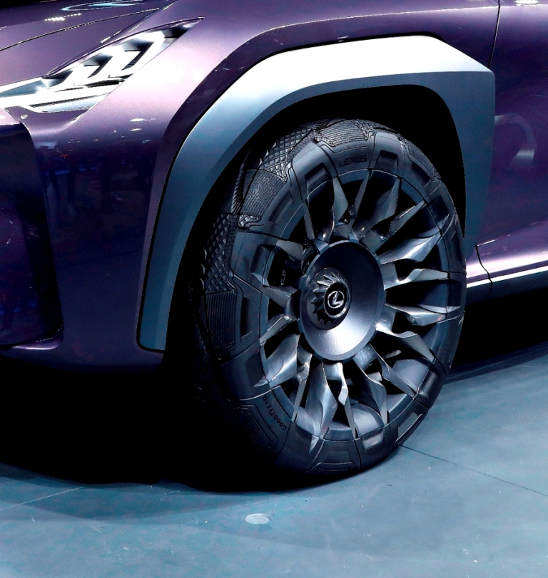 003_Goodyear Lexus Paris 2016
