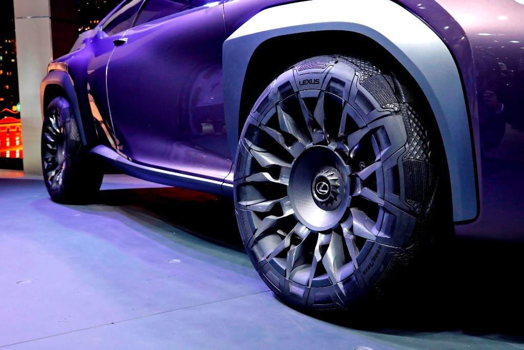 004_Goodyear Lexus Paris 2016