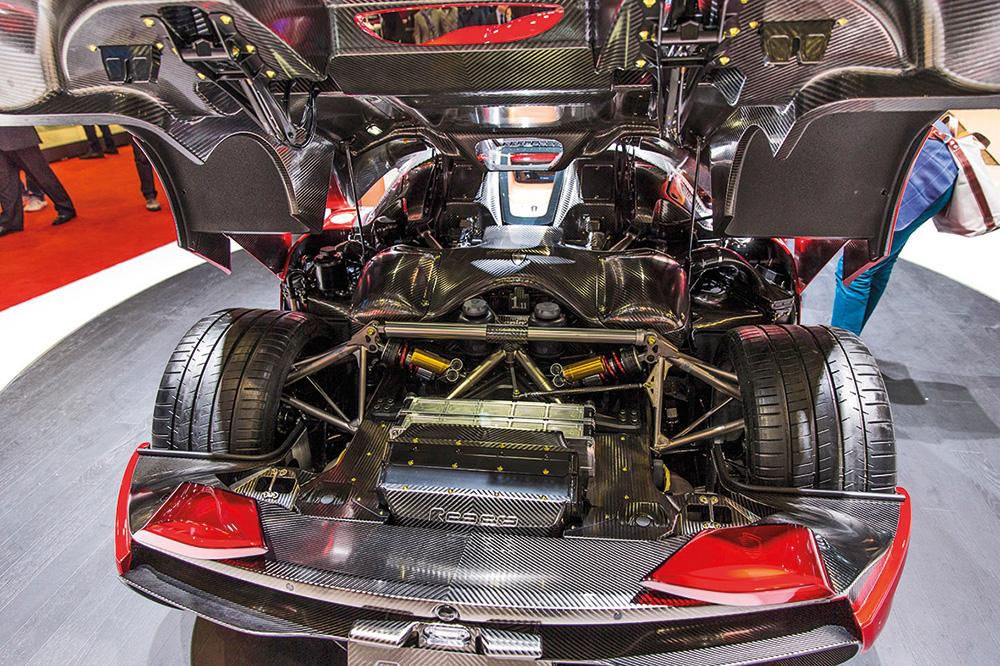 2016-Geneva-Motor-Show-49