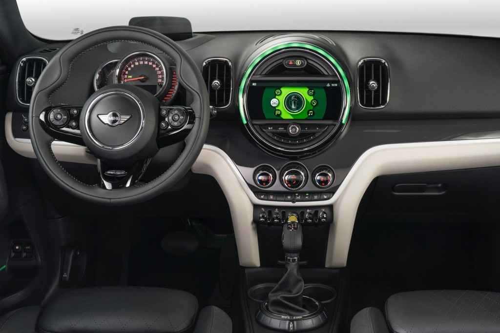 2017-mini-cooper-s-e-countryman-all4 (3)
