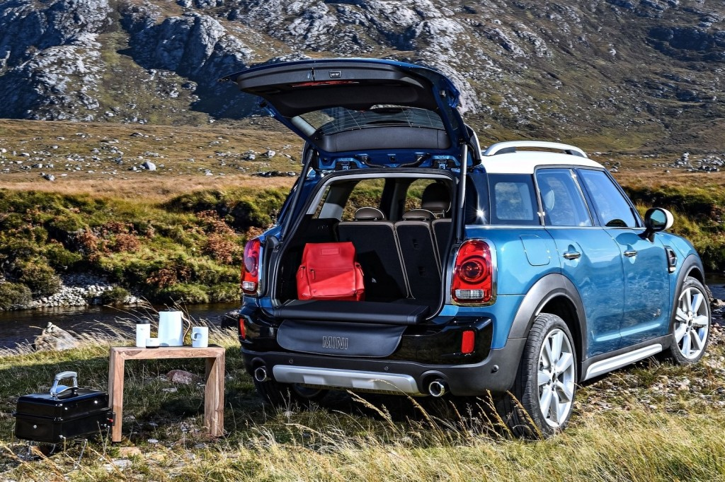 Mini-Countryman-2017-1600-9e