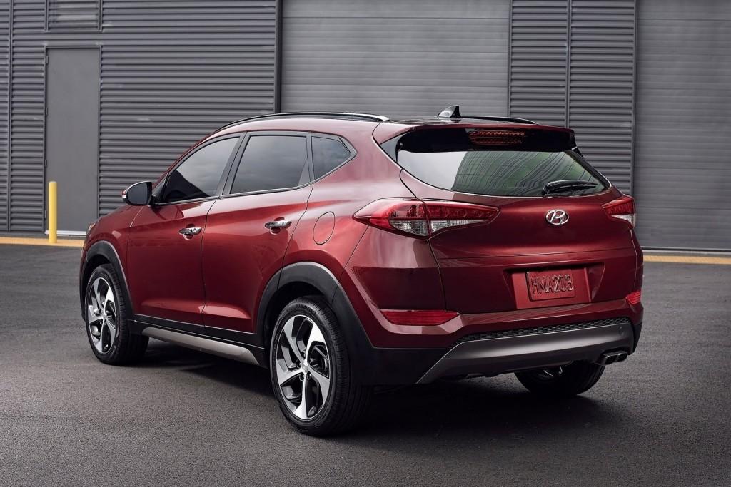 Hyundai-Tucson-2016-1600-17fix