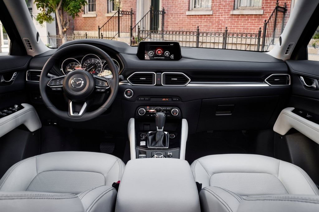 Mazda-CX-5-2017-1600-1d