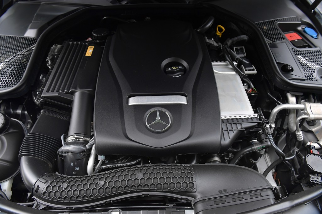 C 250 Coupe AMG Dynamic_Silver_Interior (4)