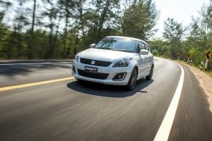 ลองขับ Suzuki Swift RX-II