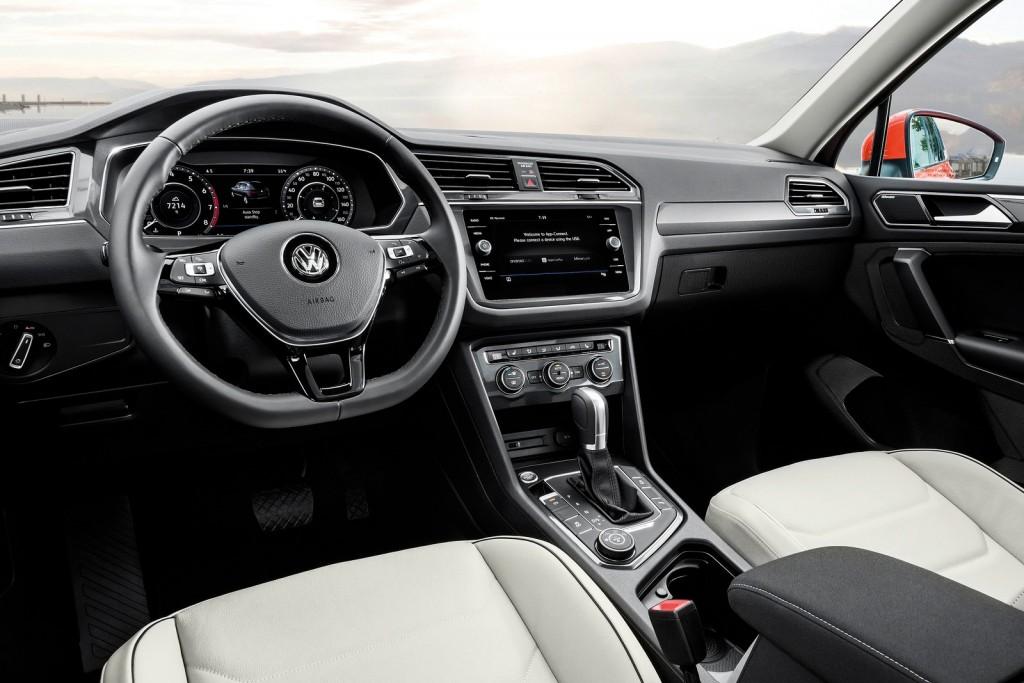 Volkswagen-Tiguan_Allspace-2018-1600-06