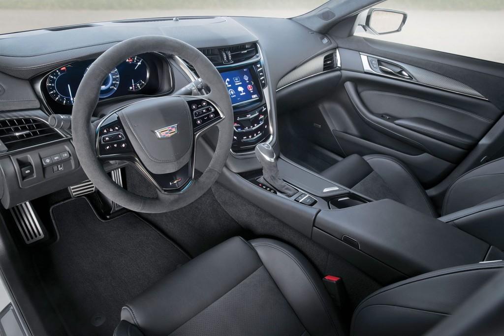 2017-Cadillac-CTS-V-Sedan-bc-016