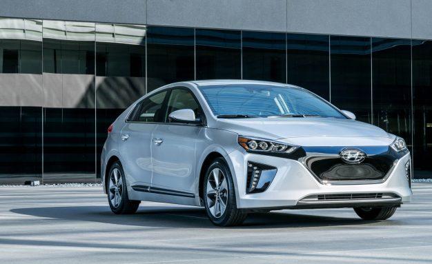 2017-Hyundai-Ioniq-Electric-110-626x383 (1)