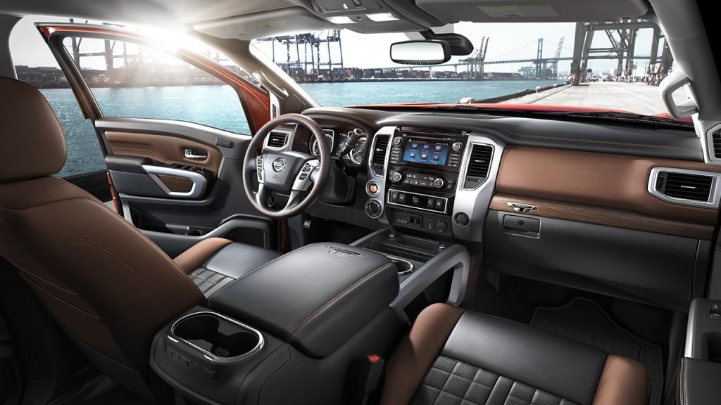 2017-nissan-titan-xd-interior-console-original