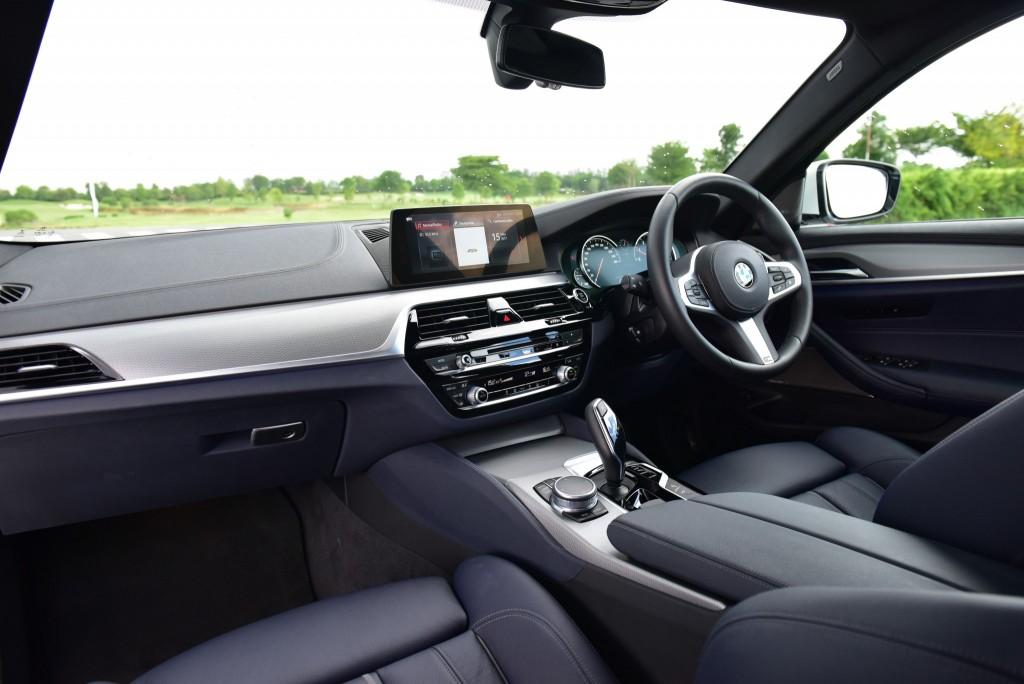 BMW 530i M Sport46