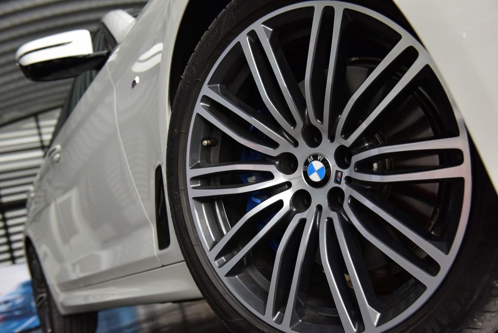 BMW 530i M Sport54