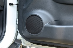 อัพเกรดลำโพง OEM ให้เสียงดีขึ้นแบบ ฟังออก