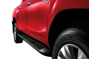 TOYOTA HILUX REVO DOUBLE CAB 4x4 2.8G AT