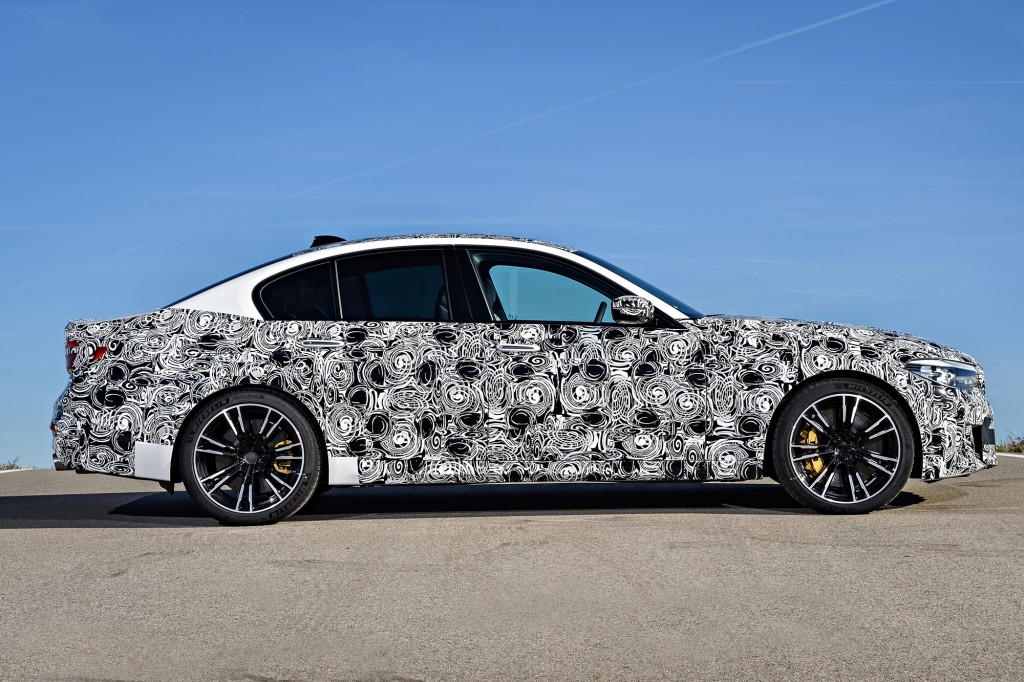 P90257490_highRes_the-new-bmw-m5-with-