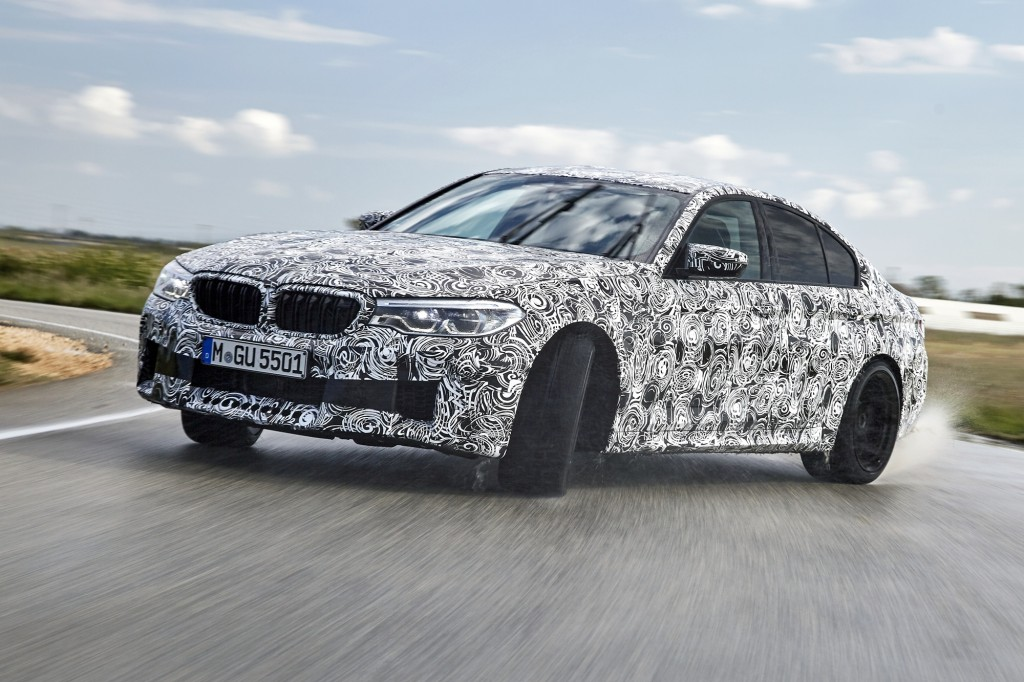 P90257537_highRes_the-new-bmw-m5-with-