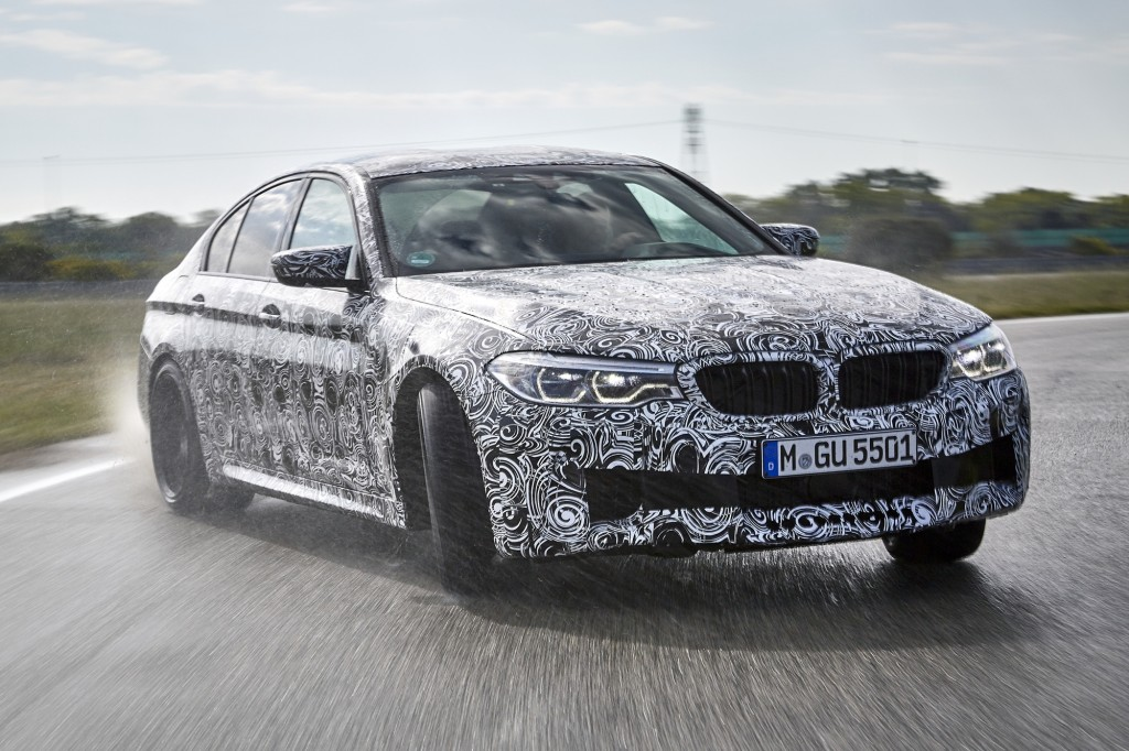 P90257540_highRes_the-new-bmw-m5-with-
