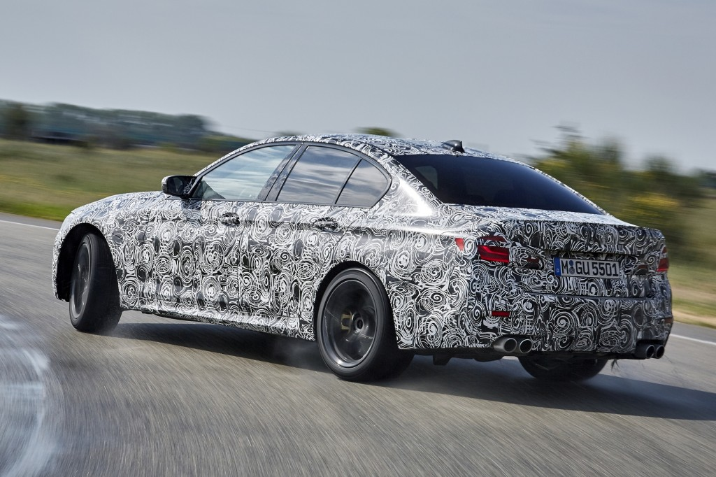 P90257547_highRes_the-new-bmw-m5-with-