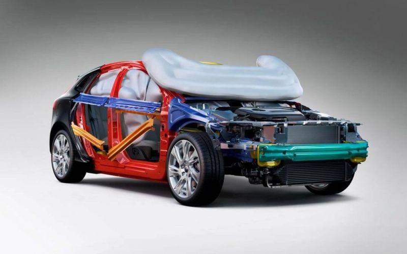 volvo-v40-pedestrian-airbag-cu-56c1c4c13384a