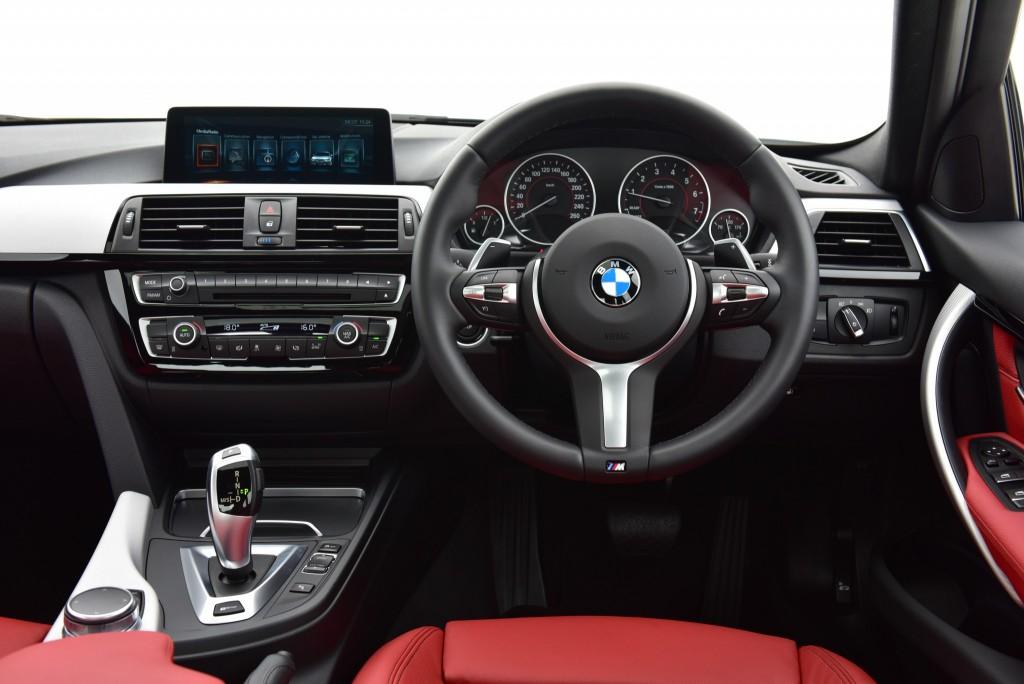 BMW 330e M Sport (2)