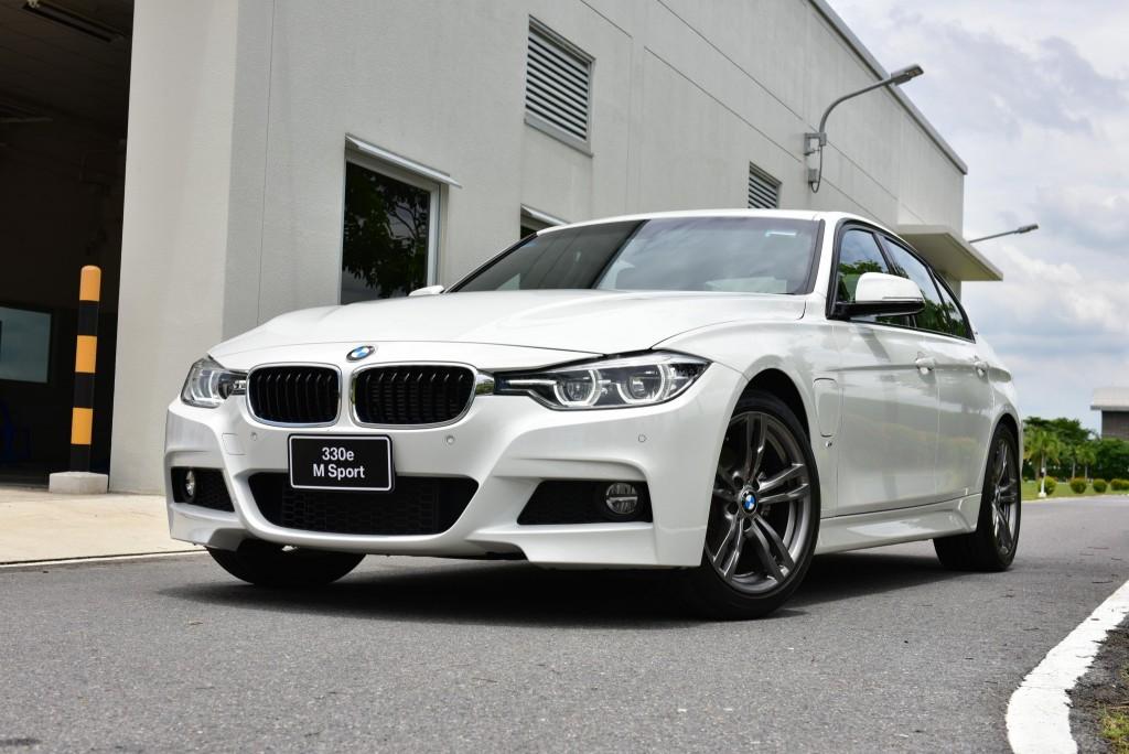 BMW 330e M Sport (48)