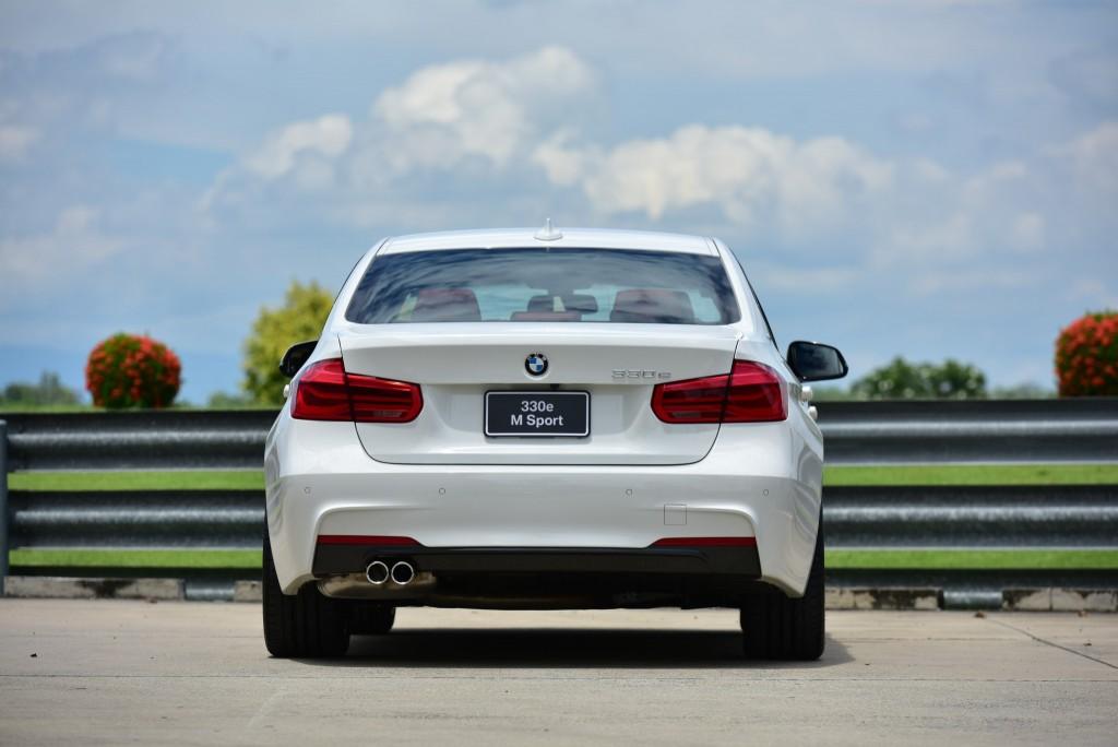 BMW 330e M Sport (54)