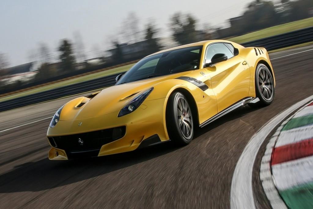 Ferrari-F12tdf-2016-1600-03
