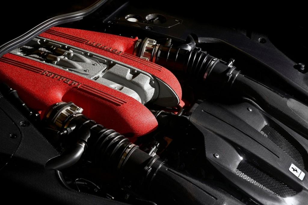 Ferrari-F12tdf-2016-1600-0e