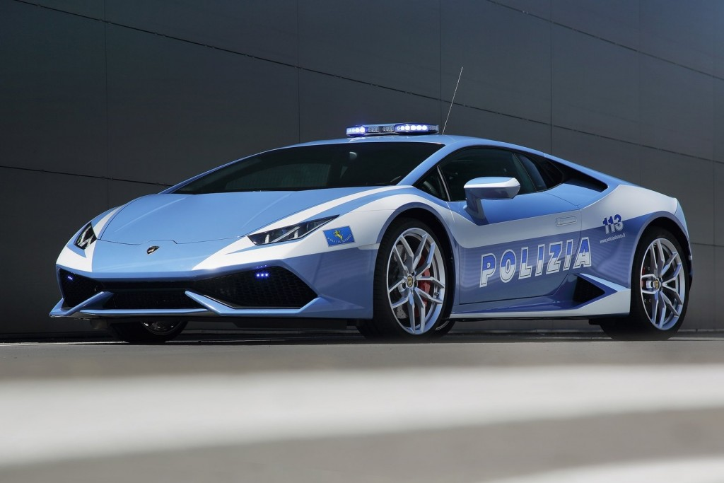 Lamborghini-Huracan_LP610-4_Polizia-2015-1600-01