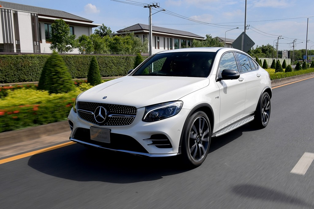 Mercedes-AMG GLC 43 4MATIC Coupé_Running (2)