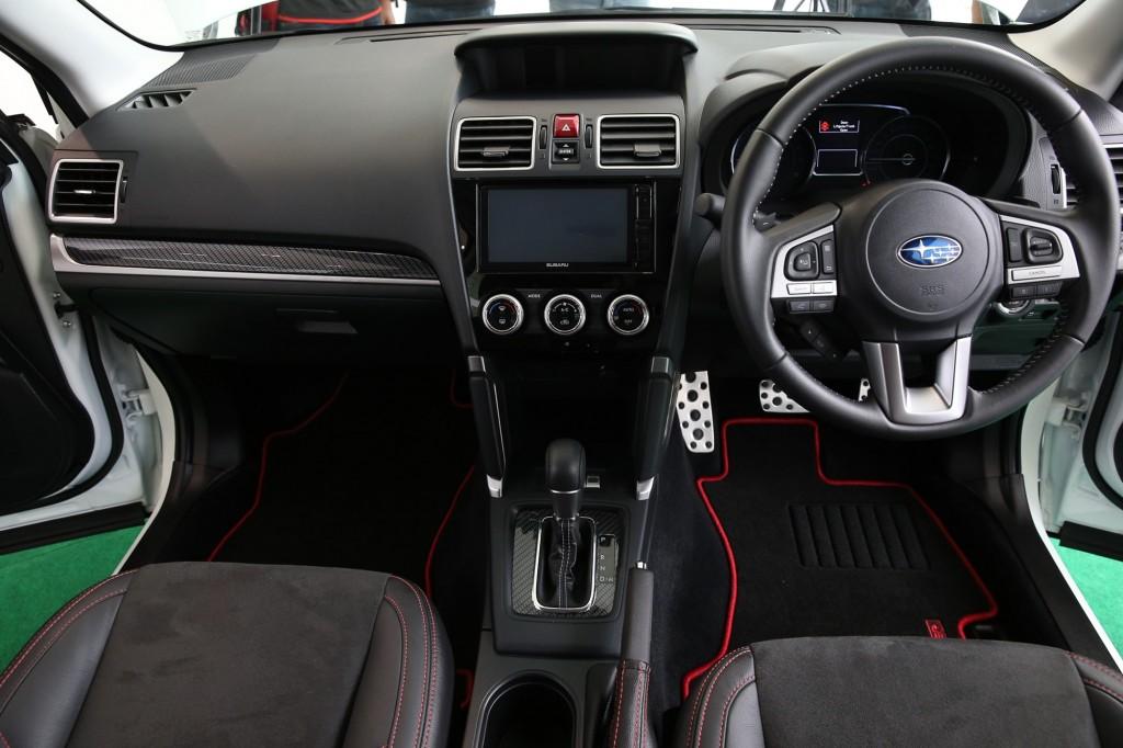 Subaru Forester 2.0i-S (14)