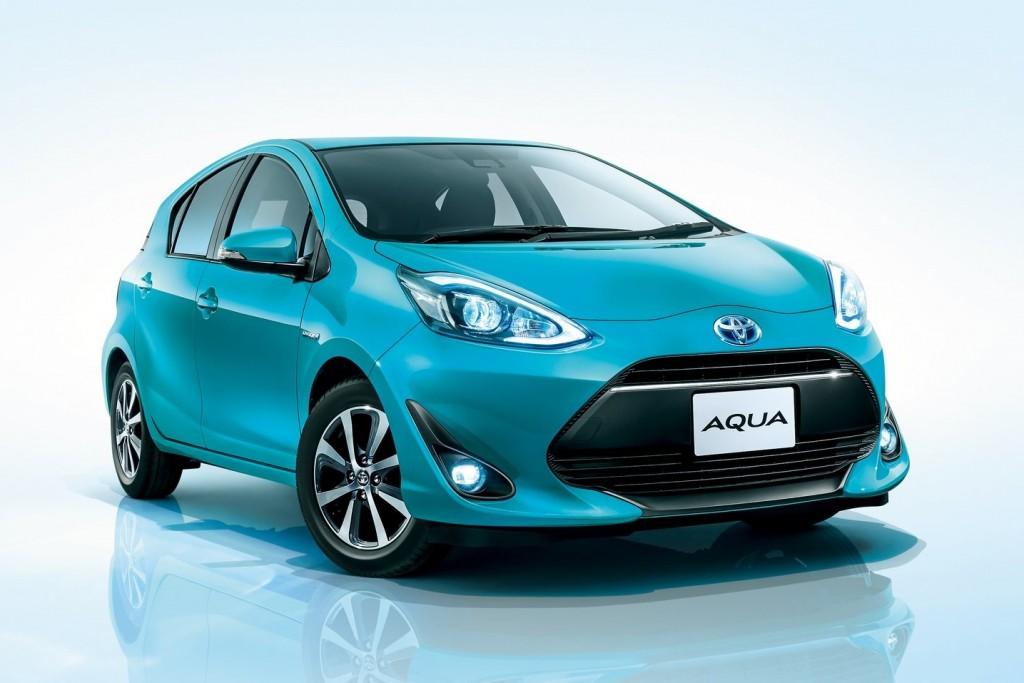 Toyota-Aqua-12