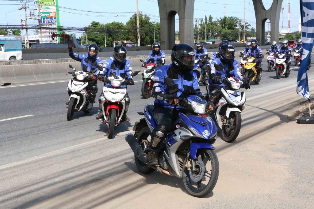 03 ขบวน YAMAHA EXCITER TOURING ASEAN 2017 เข้าเยี่ยมชมสถาบันขับขี่รถจักรยานยนต์ยามาฮ่า (YRA)