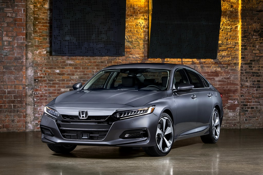 11 - 2018 Honda Accord Touring
