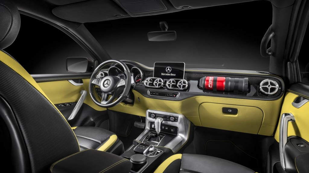 2017_mercedes_benz_concept_x_class_pickup_interior-1920x1080