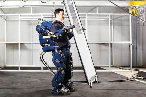 หุ่นยนต์ขับขี่อัตโนมัติ เทคโนโลยีเพื่ออนาคตจาก ฮันเด