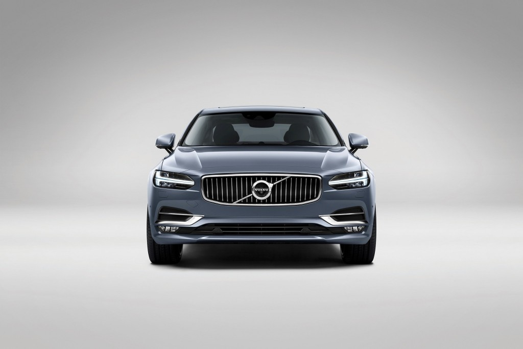 170098_Front_Volvo_S90_Mussel_Blue copy