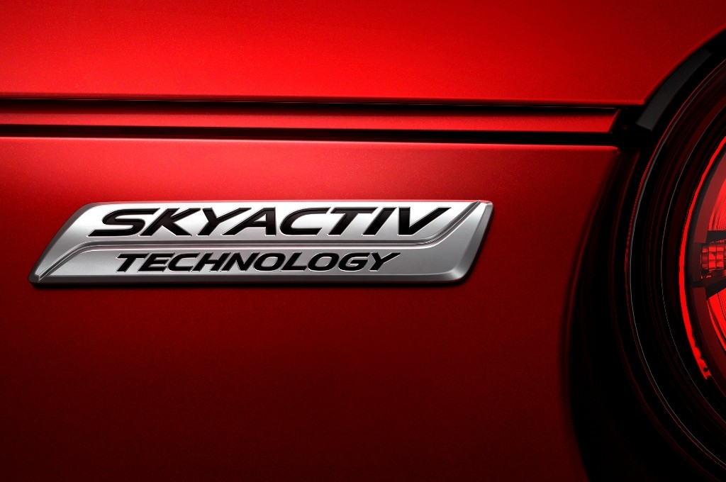2016-Mazda-MX-5-Miata-skyactiv-badge