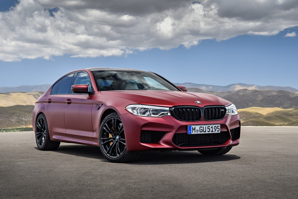 P90273029_highRes_the-bmw-m5-first-edi