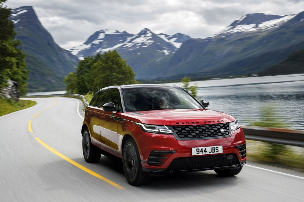 range-rover-velar-r-dynamic-hse-black-pack-the-suv-that-you-want-119535_1