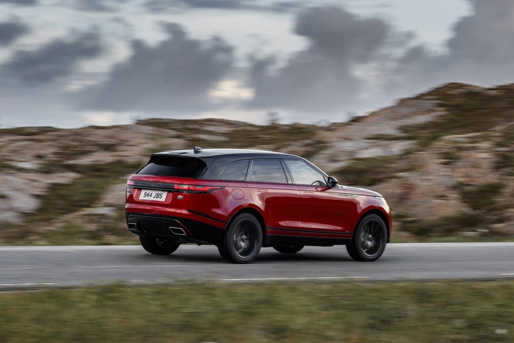 range-rover-velar-r-dynamic-hse-black-pack-the-suv-that-you-want_9